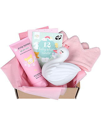 A Little Lovely Gift Box Baby gift box: Welcome little girl - Medium Gift Box