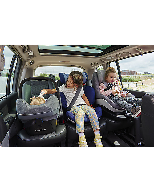 b b confort maxi cosi pebble plus car seat sparkling grey 0 12 months i size r129 approved. Black Bedroom Furniture Sets. Home Design Ideas