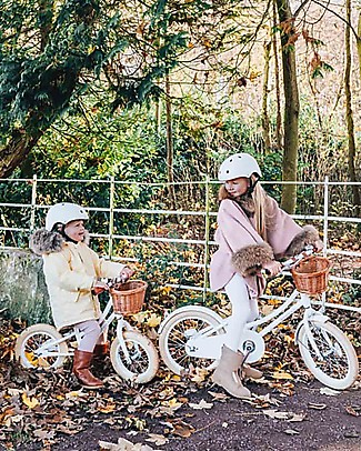 Banwood Classic Bicycle with Helmet, White - from 4 to 7 years old Bycicles
