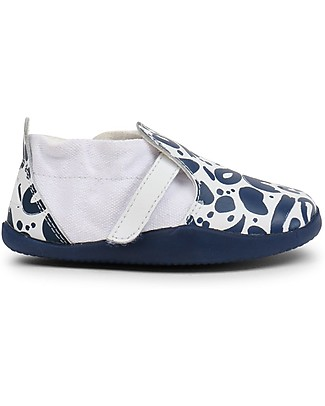 Bobux Step-Up Xplorer Abstract, White/Navy - Super flexible, ideal for outdoors Shoes