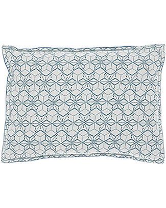 Camomile London Two Tone Cushion, 22x30 cm, Dash Star Print/Navy – 100% cotton Cushions