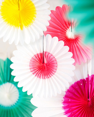 Engel Paper Flower White and Fuschia - 45cm Bunting