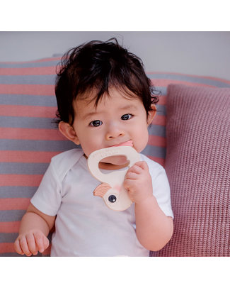 Hevea Natural Kawan Teether - Sustainable & Safe Award Winning! (0-36 months) Teethers