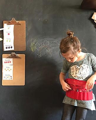 Jaq Jaq Bird 12 Butterstix Dust-Free Chalks + Bandera Belt for Chalks/Pens - Red Colouring Activities