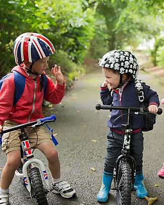 Kiddimoto Kids Bike Helmet, Skulls and Cross Bones Bycicles