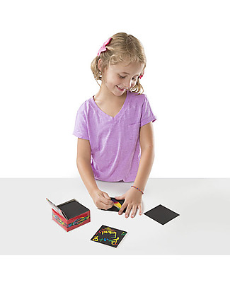 Melissa & Doug Rainbow Mini Scratch Art Note Cube - 125 fogli! Colouring Activities