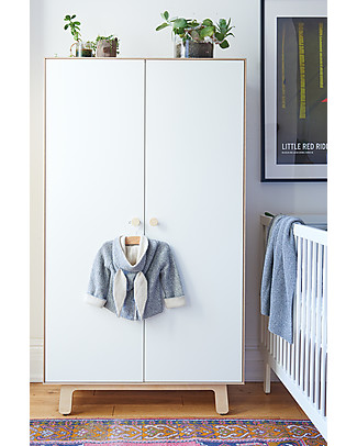 Oeuf Merlin Wardrobe with Sparrow Base - White/Birch Dressers