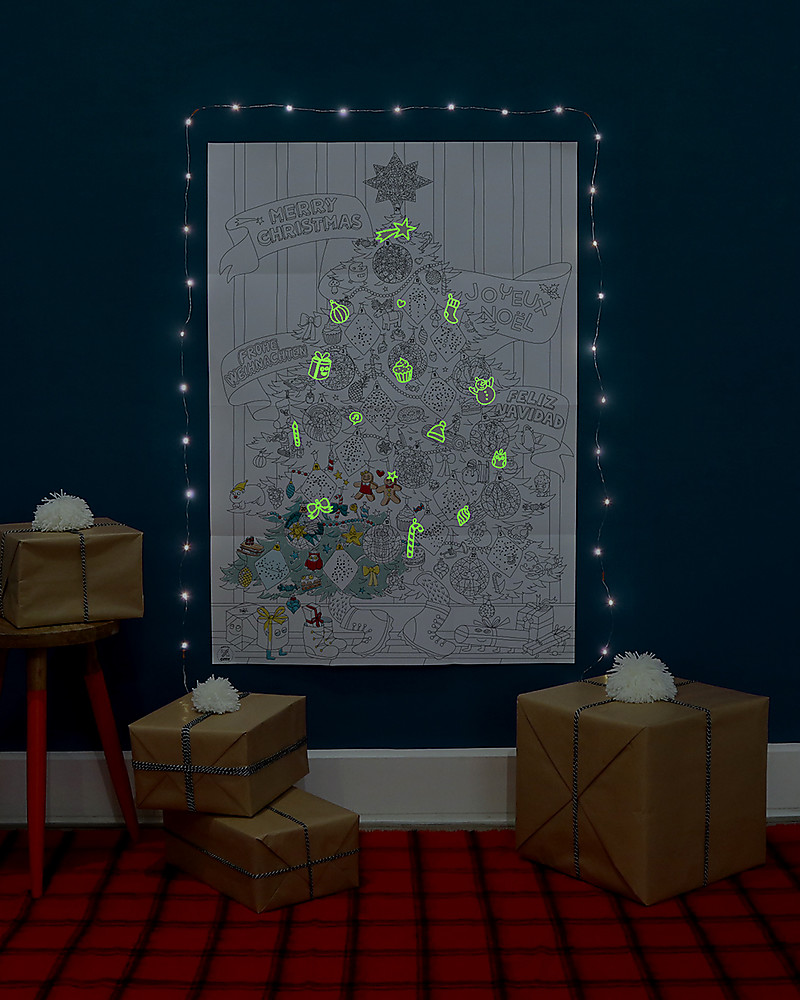 Design poster 70x100 - Omy Giant Christmas Poster To Colour In Glow In The Dark Stickers 70 X