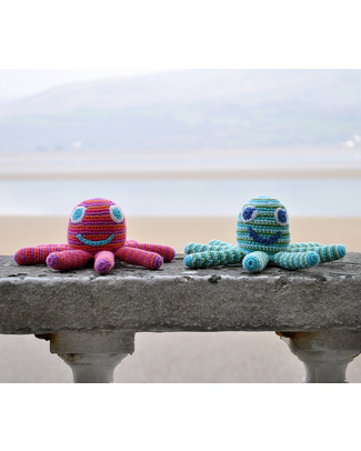 Pebble Octopus Rattle Toy - Green (approx 15 cm) - Fair Trade Rattles