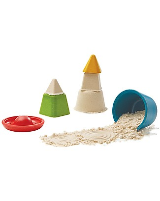 PlanToys Creative Sand Play Set: 4 Different Molds! Beach Toys
