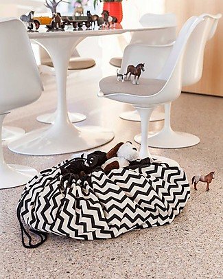 Play&Go Portable 2 in 1 Storage Bag & Playmat in cotton - Black Zigzag Playmats