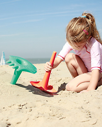 Quut Triplet Multifunctional Beach Toy - Orange - Multifunctional & Innovative Design! Beach Toys