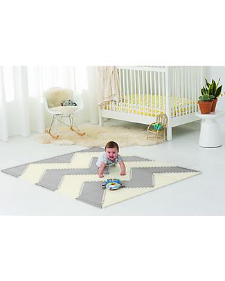 Skip Hop Playspot Triangular Interlocking Foam Tiles, Cream/Grey – 40 large pieces! Playmats