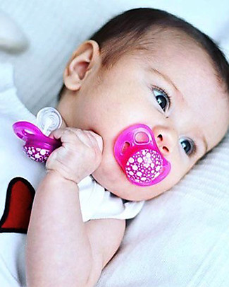 Twistshake Orthodontic Pacifiers (Pack of 2) 0-6 months, Purple & Pink – Extra-soft silicone, BPA-free! Dummies & Soothers