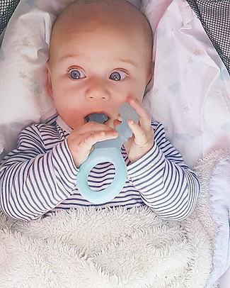 Twistshake Teether Cooler in Silicone - Pastel Blue - BPA, BPS and BPF-free! Teethers