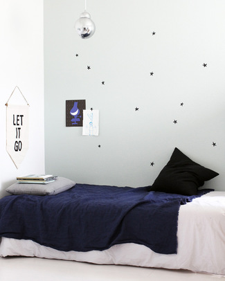 Wee Gallery Weecal Dots - Scribble Stars - Wall Stickers (movable and safe!) Wall Stickers