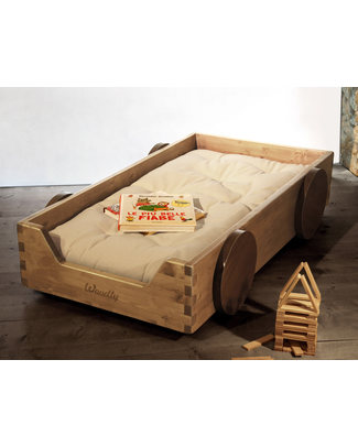 Woodly Montessori Bed with Decorative Wheels BIG Finger Joints - Natural - Made in Italy Montessori Beds